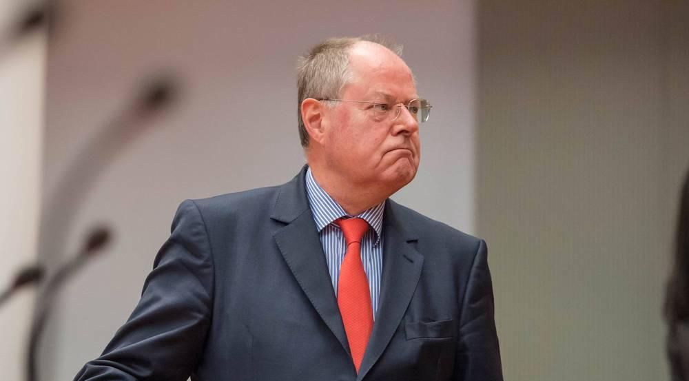 Bisher kannte man Peer Steinbrück nur aus der Politik