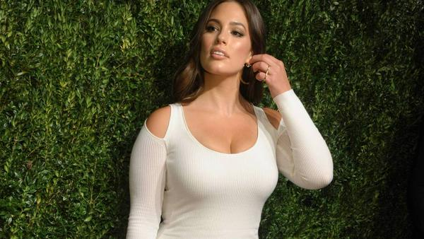 Ashley Graham bei den CFDA Vogue Fashion Fund Awards in New York