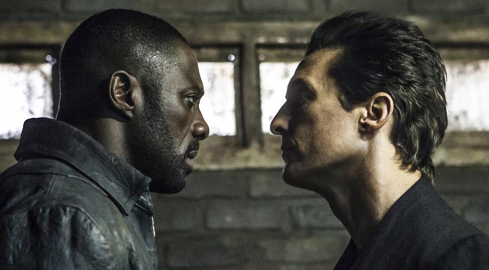 Der Revolvermann Roland (Idris Elba, l.) trifft seinen Nemesis, den Mann in Schwarz (Matthew McConaughey)