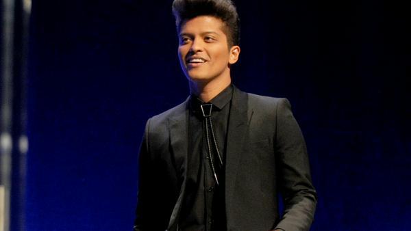 Mit einem besonders niedlichen Kinderbild begeisterte Bruno Mars seine Fans