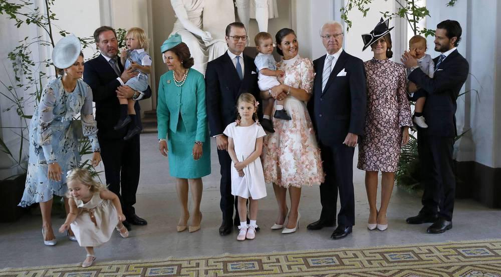 Gruppenfoto mit Leonore (unten links) - gerade noch beim Ausbüxen erwischt