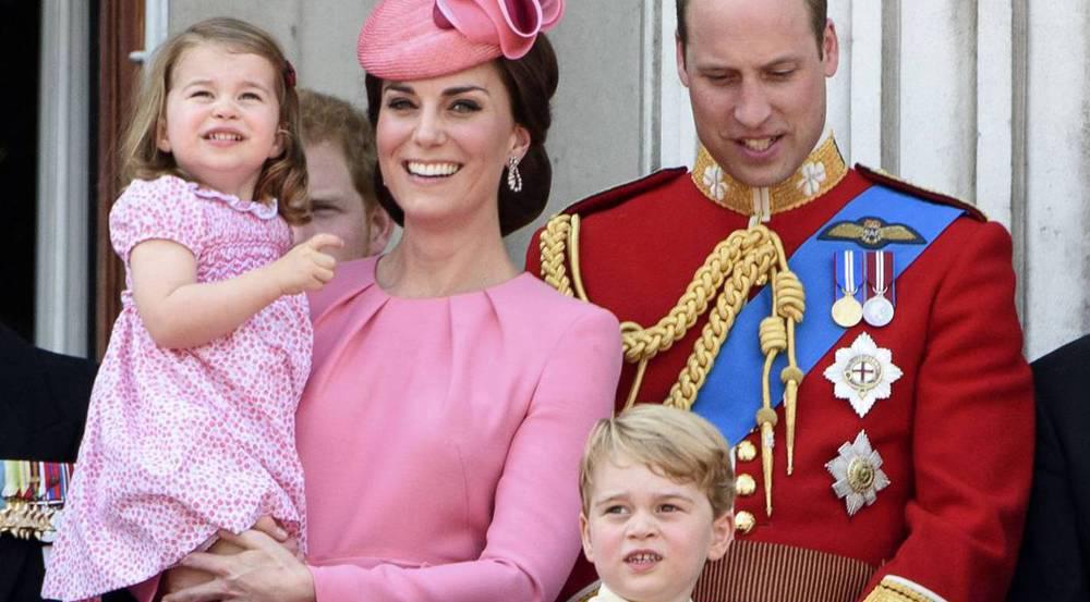 Die bezaubernde royale Kleinfamilie (v.l.): Prinzessin Charlotte, Herzogin Kate, Prinz George und Prinz William