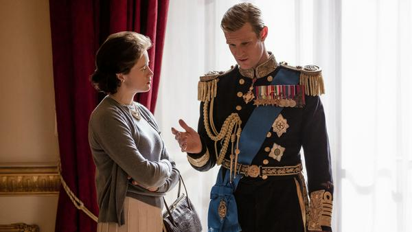 "Claire Foy als Queen Elizabeth und Matt Smith als Prinz Philip in der zweiten Staffel von ""The Crown"""