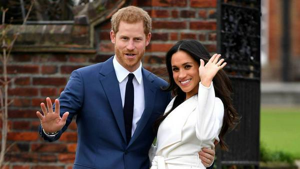 Prinz Harry und Meghan Markle im Garten des Kensington Palastes