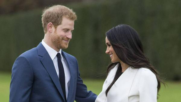 Am Montagvormittag traten Prinz Harry und Meghan Markle vor die Presse - am Abend folgte das große BBC-Interview