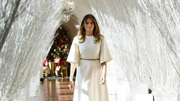 Melania Trump geht unter die Weihnachtsengel