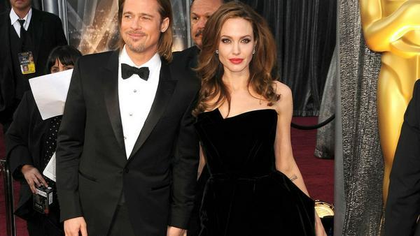 Mit diesem Kleid sorgte Angelina Jolie 2012 für Aufsehen