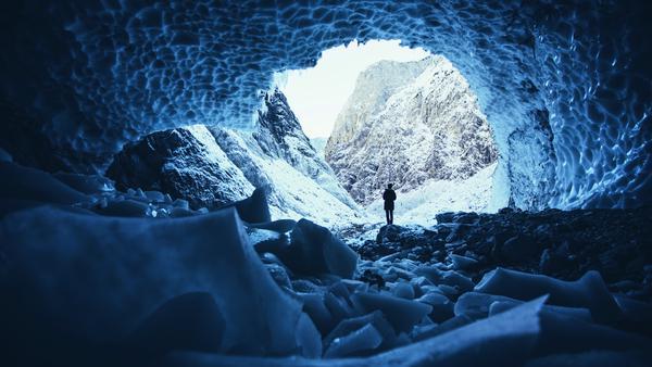Auch diese Schneehöhle gibt es in Deutschland zu bewundern. Fotografiert hat sie Daniel Ernst