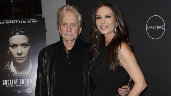 Michael Douglas begleitete seine Frau Catherine Zeta-Jones zu ihrer Premiere