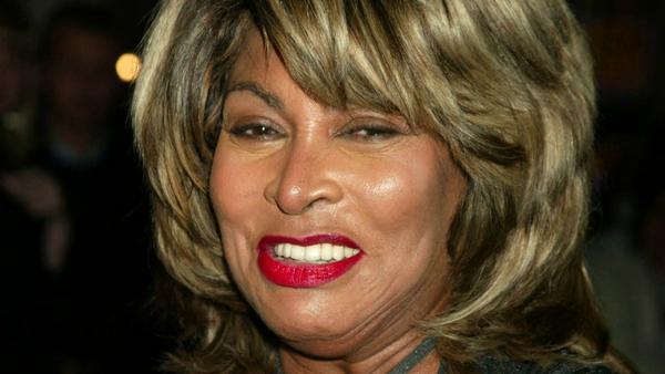 Tina Turner musste ihn ihrem eigenen Zuhause schreckliche Dinge über sich ergehen lassen