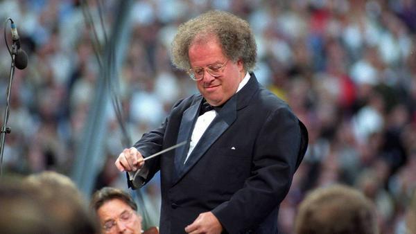 James Levine bei einem Konzert in der Waldbühne Berlin