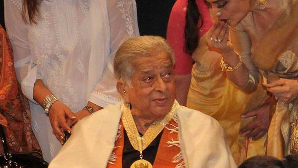 Shashi Kapoor 2015 bei der Verleihung der renommierten indischen Dadasaheb Phalke Awards