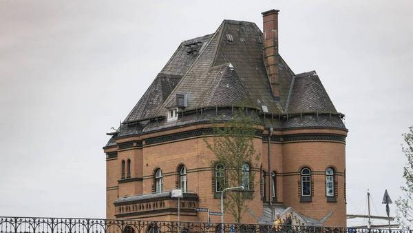 """Die Polizeiwache in der Speicherstadt im Hamburger Hafen - hier wird auch die Serie """"Notruf Hafenkante"""" (ZDF) gedreht"""