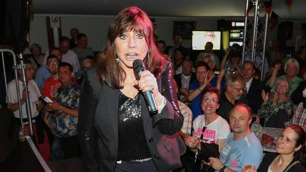 Tina York bei einem Auftritt