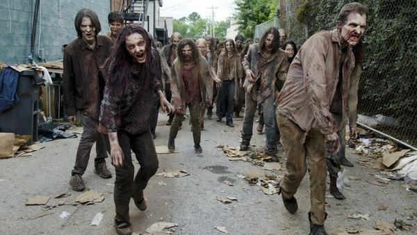 """Die Zombies aus """"The Walking Dead"""" sehen wirklich zum Fürchten aus"""