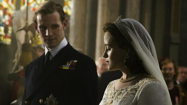 "Claire Foy alias Elizabeth II. und Matt Smith alias Prinz Philip in ""The Crown"""
