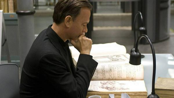 Robert Langdon wird in den Verfilmungen von Tom Hanks verkörpert. Sein neues Abenteuer gibt es jetzt in Buchform