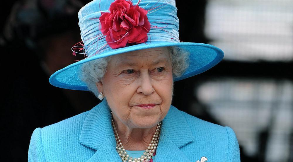 Queen Elizabeth II. sitzt seit 1952 auf dem Thron von England