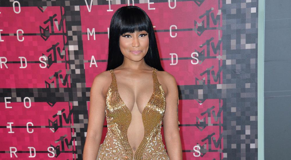 Nicki Minaj hat am Wochenende via Twitter einigen Fans das Studium erleichtert