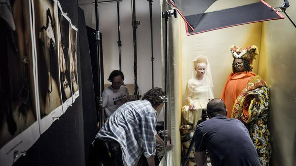 Whoopi Goldberg posierte mit Thando Hopa