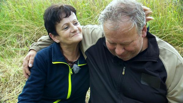 (Nur) bei Nachfrage Umarmung: Sigrid und Reinhold