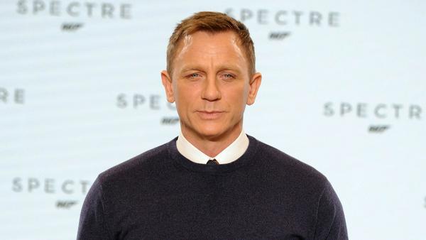 """Ob Daniel Craig jemals wie seine Bond-Kollegen zur """"Sexiest Man Alive""""-Reihe gehören wird?"""
