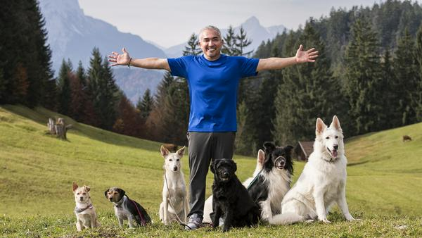 US-Star Cesar Millan beim Pressetermin im bayerischen Garmisch-Patenkirchen