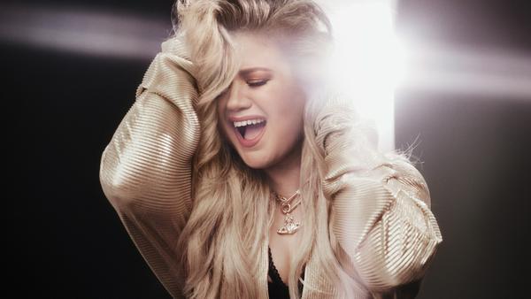"""Lebensfreude, Energie, Power und eine dicke Portion Liebe - all das steckt in Kelly Clarksons neuem Album """"Meaning of Life"""""""