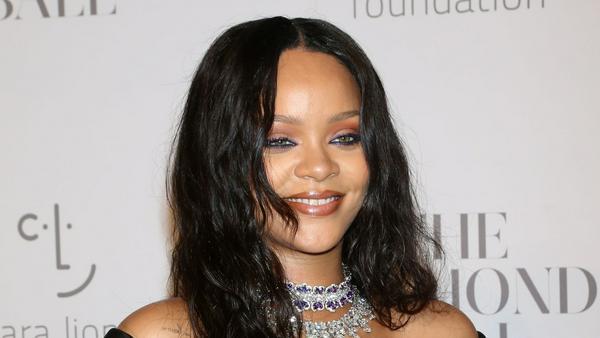 Rihanna hat allen Grund zum Strahlen: Ihre Marke Fenty Beauty ist überaus erfolgreich
