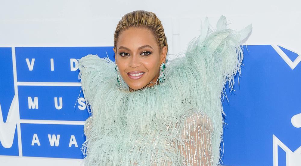 Sängerin Beyoncé sorgt mit ihren ausgefallenen Looks stets für spektakuläre Auftritte