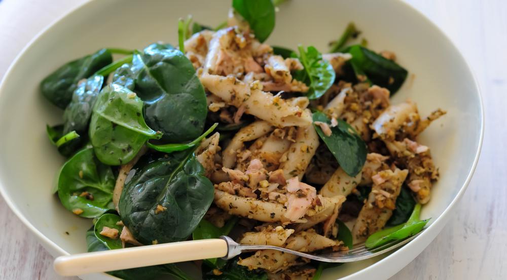 Nudeln aus Linsen- oder Erbsenmehl sind kohlenhydratarm und gleichzeitig proteinreich