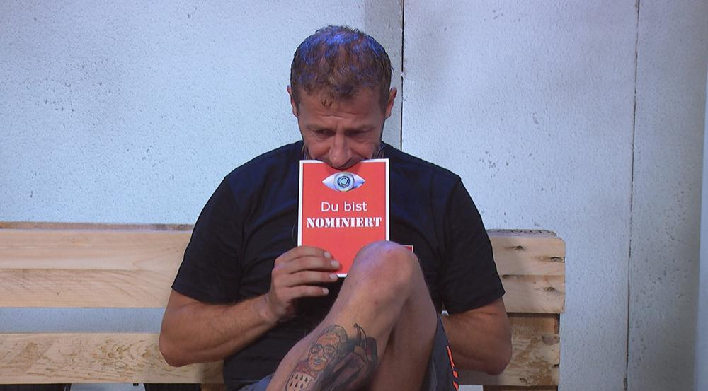 Willi Herren bekommt die rote Karte von Big Brother