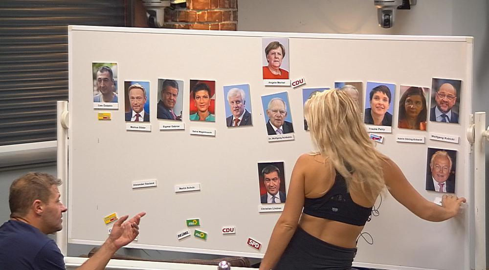 """Willi und Evelyn wirken bei der """"Bundestagswahl"""" ziemlich ratlos"""