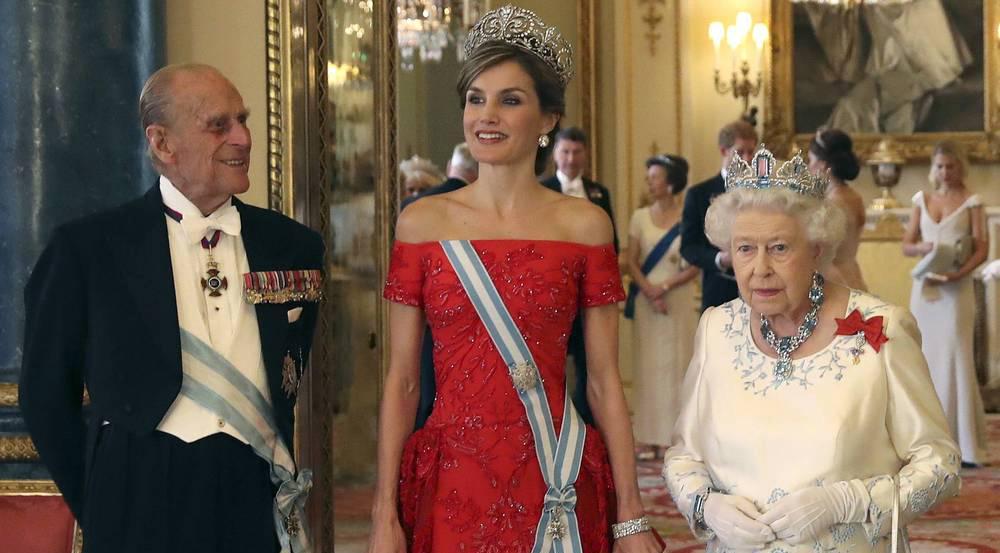 Prinz Philip (v.l.), Letizia von Spanien und Queen Elizabeth II.