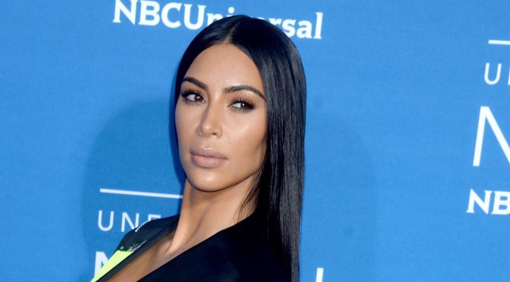 Hat Kim Kardashian ihr Tochter North in ein Korsett gesteckt?
