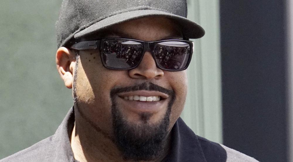 Bodenständig: Rapper Ice Cube steigt nicht nur in Luxus-Limousinen
