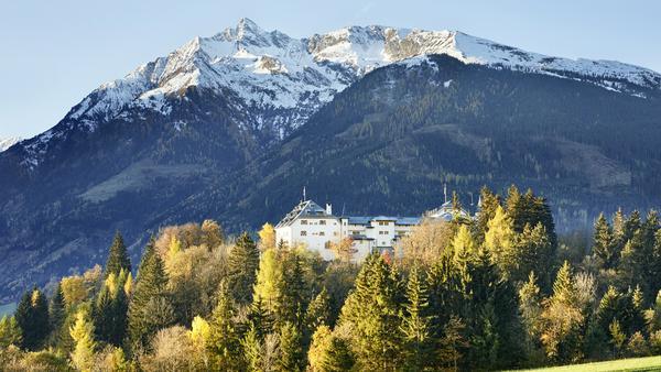 Die Kitzbüheler Bergwelt vor der Tür: Schloss Mittersill