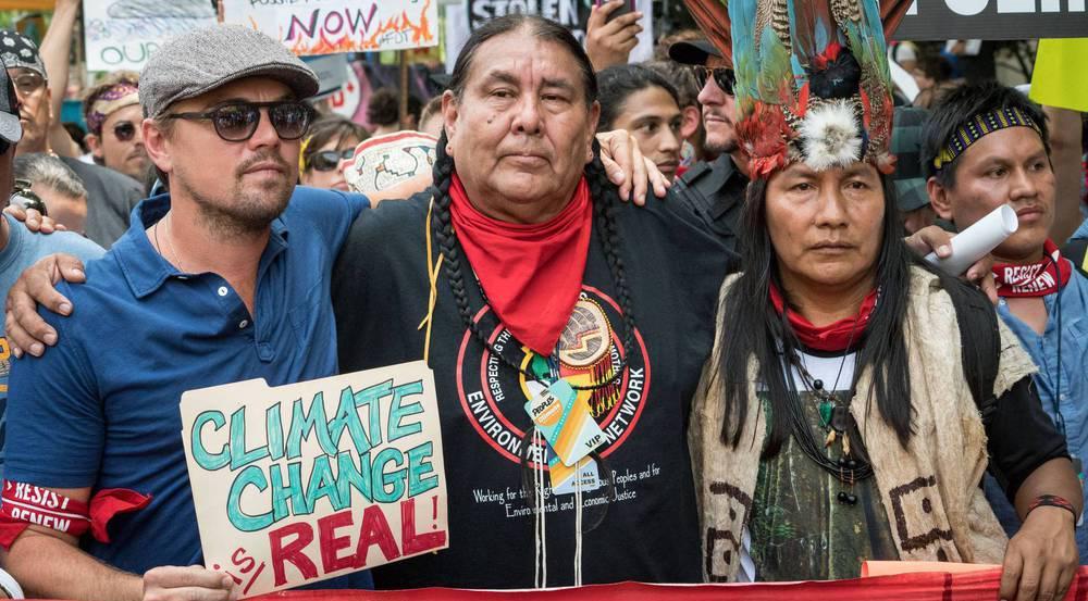 Leonardo DiCaprio schloss sich beim Klima-Marsch einer Gruppe von Demonstranten an