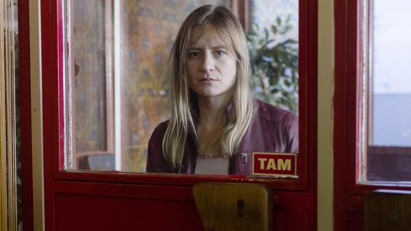 Julia Jentsch spielt Michelle Grabowski, deren Tochter verschwunden ist