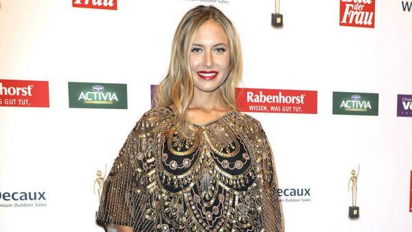 Mit diesem Outfit war Alena Gerber ein absoluter Hingucker auf dem roten Teppich