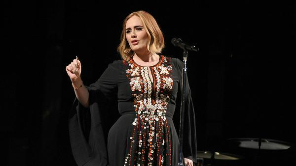 Sängerin Adele könnte schon bald bei ihrer eigene Show in Las Vegas auftreten