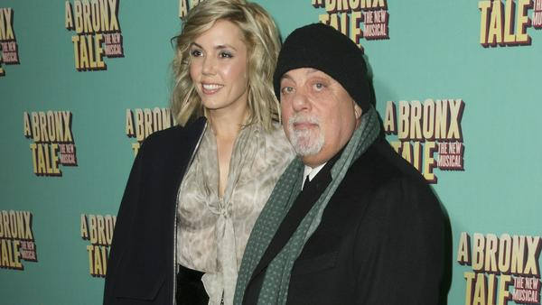 Alexis und Billy Joel bei einem gemeinsamen Auftritt
