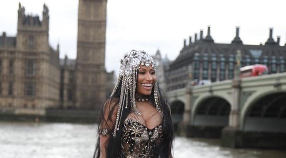 Pietätlos? Fans kritisieren die Musikvideo-Szenen von Nicki Minaj an der Westminster Bridge - dem Ort des Terroranschlags vom 22. März 2017