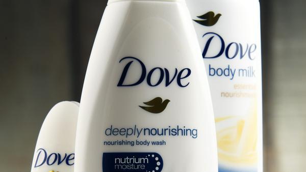 Für eine Duschbad-Werbung bekam Dove viel Kritik