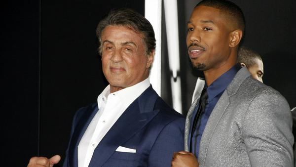 """Sylvester Stallone (l.) und Michael B. Jordan auf der Premiere von """"Creed"""" in Los Angeles"""