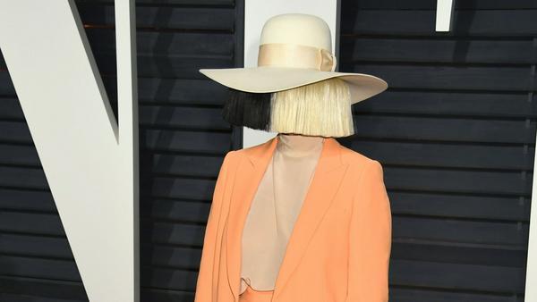 """Sia auf der Oscar-Party von """"Vanity Fair"""""""