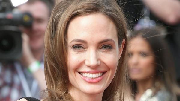 Angelina Jolie wagte ebenfalls schon beide OPs