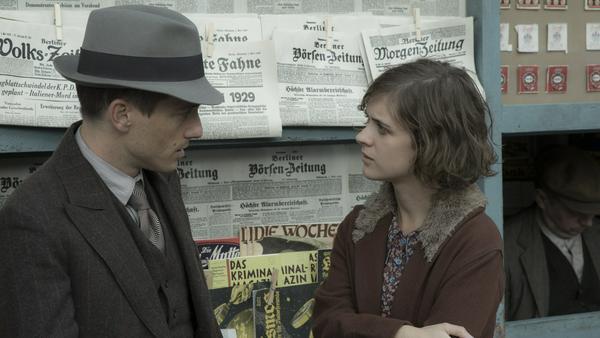 """Volker Bruch und Liv Lisa Fries spielen die Hauptrollen in """"Babylon Berlin"""""""
