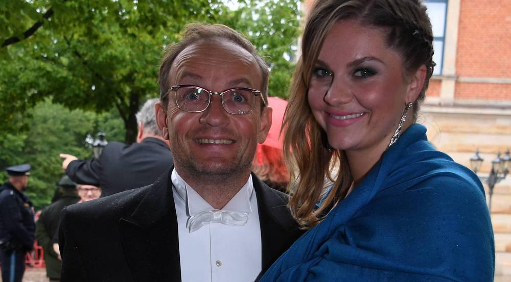Wigald Boning mit Freundin in Bayreuth