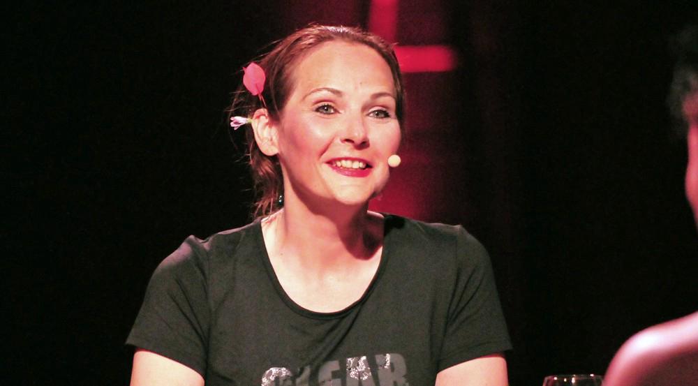 """Helena Fürst sorgte im """"Sommerhaus der Stars"""" wieder für Trubel - dabei war ihre Beziehung nur Fake"""